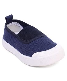 Cute Walk by Babyhug Canvas Shoes - Navy Blue White