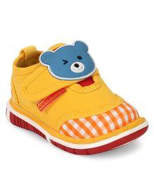 Cute Walk by Babyhug Casual Shoes Bear Applique - Yellow