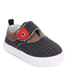 Cute Walk by Babyhug Casual Shoes Velcro Closure - Black