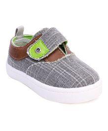 Cute Walk by Babyhug Casual Shoes Velcro Closure - Grey