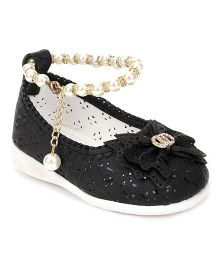 Cute Walk by Babyhug Belly Shoes Pearl Detailing & Bow Applique - Black