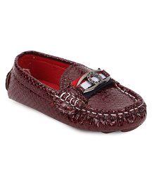 Cute Walk by Babyhug Loafer Shoes - Maroon