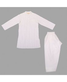 Hugsntugs Dot Print Kurta With Stylish Collar & Pajama Set - White