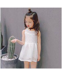 Wonderland Exquisite Design Flared Dress - White