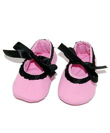 SnugOns Tie Up Booties With Lace Design - Baby Pink
