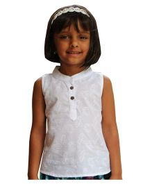 Snowflakes Sleeveless Embroidered Top - White