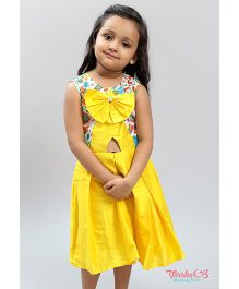 Varsha Showering Trends Bow Applique Box Pleated Dress - Yellow