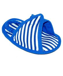 Striped Triangle Design Slipons - Blue & White