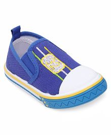 Cute Walk by Babyhug Canvas Shoes Numeric 32 Embroidery - Blue