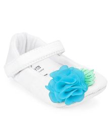 Ivee Anti Skid Soft Sole Booties With Flower Applique - Blue