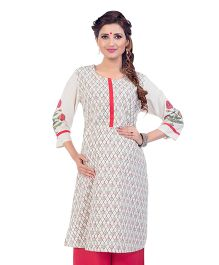 Kriti Three Fourth Sleeves Maternity Nursing Kurti - Off White