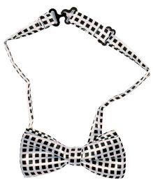 Miss Diva Square Print Bow Tie - White