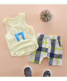 Funtoosh Kidswear Sleeveless Printed Tee With Checkered Shorts - Yelllow