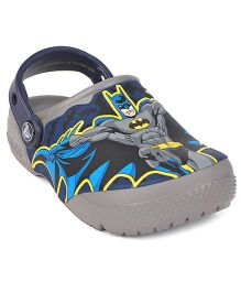 Crocs Glow In The Dark Clogs Batman Print - Grey