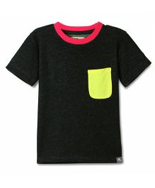 Cherry Crumble California Solid Colorblock Tee With Front Pocket - Black