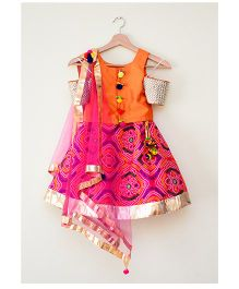 Tu Ti Tu Bandhni Print Cold Shoulder Lehenga Choli - Orange & Pink