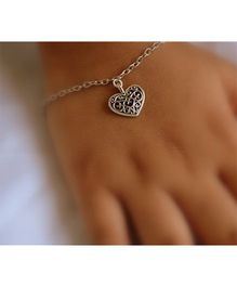 Pretty Ponytails Ornate Heart Design Bracelet - Silver