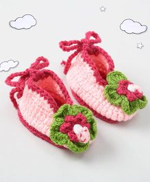 The Original Knit Design Flower Design Booties With Back Tie Up - Pink