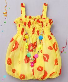 Party Princess Lip Print Top With Necklace - Yellow