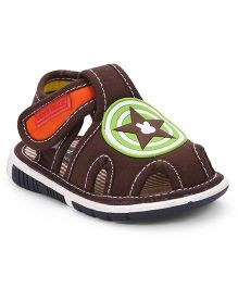 Cute Walk by Babyhug Sandals Star Patch - Coffee Brown
