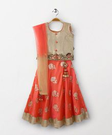 Bluebell Sleeveless Choli Lehenga With Dupatta - Peach & Beige