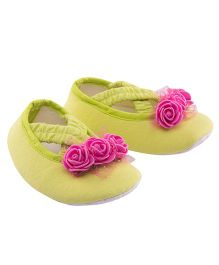Daizy Pretty Booties With Rose Applique - Green