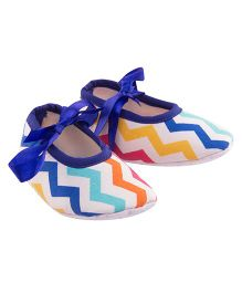 Daizy Chevron Design Booties With Satin Ribbon - Multicolor