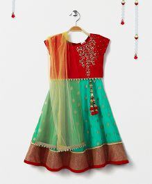 Babyhug Cap Sleeves Choli And Lehenga With Dupatta Floral Embellishment - Red & Blue