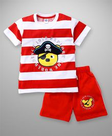 Teddy Half Sleeves T-Shirt And Shorts Set Pirate Print - Red