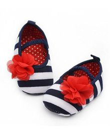 Bellazaara Crib Striped Soft Elastic Shoes - Navy Blue