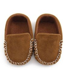 Bellazaara Casual Soft Sole Toddler Cotton Crib Shoes -Tan