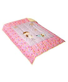 The Button Tree Woof Robin Design Cotton Quilt - Multicolor