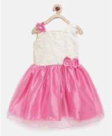 Winakki Kids Bow Applique Dress With Thread Work - Pink