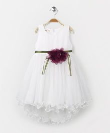 Party Princess Beautiful Dress With Flower At Belt - White