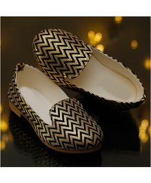 D'chica Diva Alert Loafer Shoes - Golden & Black