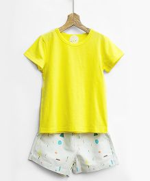 Pluie Tee & Printed Shorts Set - Yellow