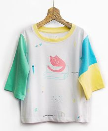 Pluie Cat Printed Tee With Stylish Sleeves - Multicolor