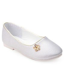 Cute Walk by Babyhug Ballerinas Diamond In Flower Motif - Silver