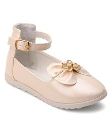 Cute Walk By Babyhug Belly Shoes Embellished Bow Applique - Cream