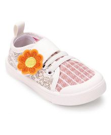 Cute Walk by Babyhug  Casual Shoes Floral Patch - Off White Orange