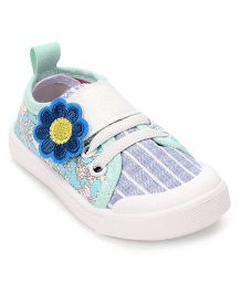 Cute Walk by Babyhug Casual Shoes Floral Patch - Light Green Navy