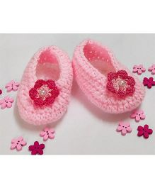 Creative Crochet Belly Inspired Flower Applique Crochet Booties - White & Baby Pink
