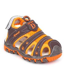 Cute Walk by Babyhug Sandals D Patch - Brown