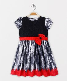 Enfance Printed Dress With A Bow Flower - Black