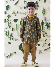 Tiber Taber Funky Jungle Print Kurta Style Shirt - Green