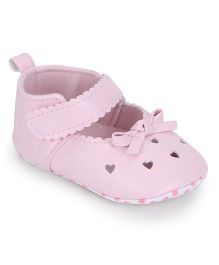 Cute Walk by Babyhug Heart Design Booties - Pink