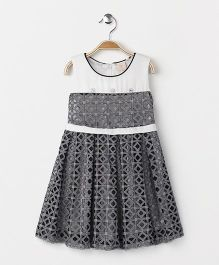 Smile Rabbit Net Design Sleeveless Dress - Grey