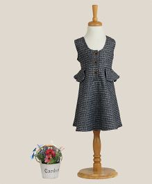 Aww Hunnie Checked Dress With Side Flaps - Grey