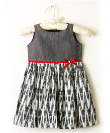 Nitallys Ikat Dress - Grey White