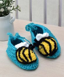 Beebop Crochet Socks Shoes Bee Applique - Blue